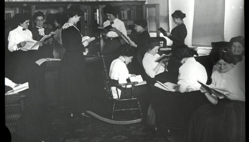 "New York Public Library Archives, ""Women reading, April 30, 1910, Siegel-Cooper Company."" The New York Public Library Digital Collections. 1910"